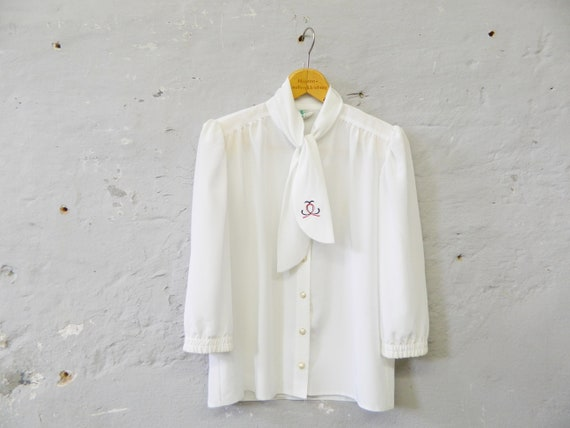 70s blouse white/vintage blouse with shawl collar/slip blouse/oversize blouse