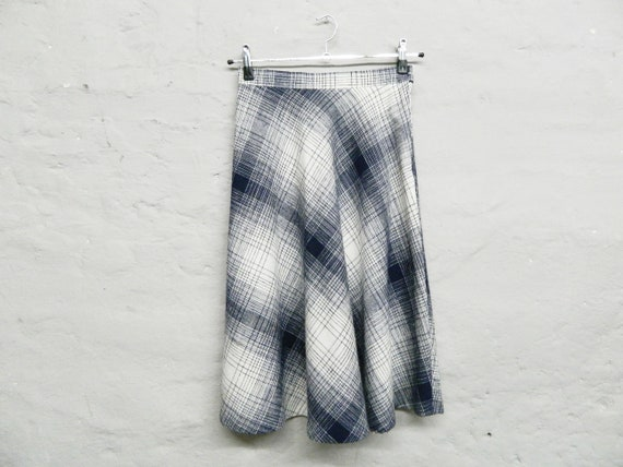 70s skirt/Skirt blue white/vintage Skirt Midi/carorock/Skirt plaid