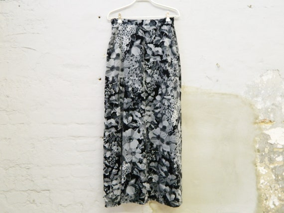 Maxirock/velvet skirt 70s/long velvet skirt/vintage skirt black grey/70s skirt long