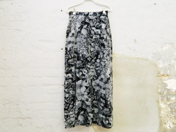 Maxi skirt / velvet skirt 70s / long velvet skirt