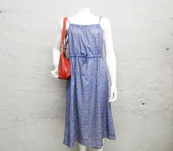 70s summer dress/vintage dress blue/dress with little flowers/70s dress oversize