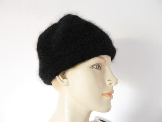 Angora cap/winter cap/knit cap/70s cap Black/1970 's cap/vintage cap