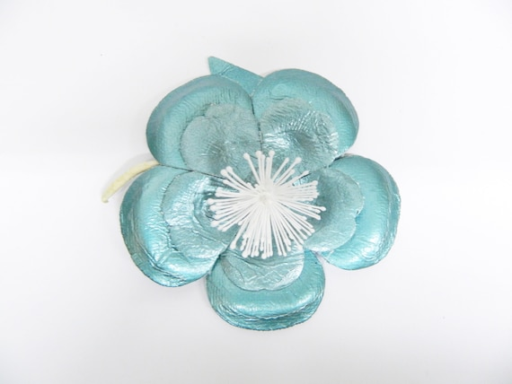 70s brooch flower/metallic blue/flower brooch/vintage contagion flower/textile flower blue/flower