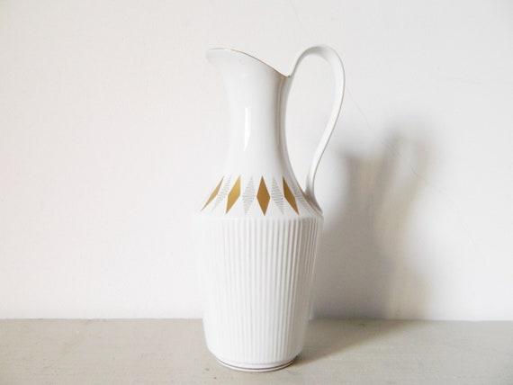 60s handle vase/vintage vase/porcelain vase white/km vase with handle/km Germany vase/white vase