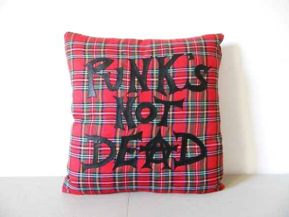 Pillow Punks not Dead/pillow punk/pillow checker/vintage pillow london/plaid pillow/pillow Red