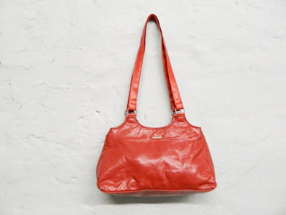 70s bag faux leather/vintage bag/red handbag/1970s bag red