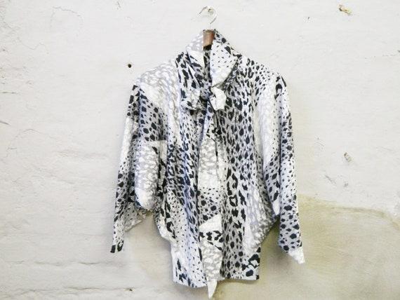 70s blouse bat/vintage blouse black white/blouse with slip/bat sleeve blouse