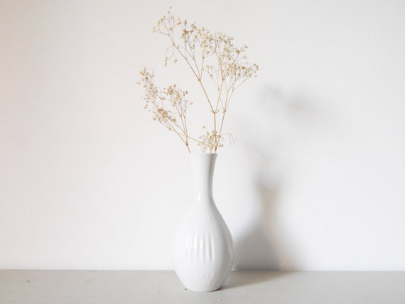 Porcelain vase white/white vase 60s/vase vintage/Vase Bareuther Germany/Small vase/vase white