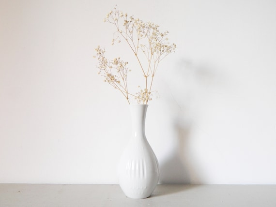 Porcelain vase white/white vase 60s/vase vintage/Vase Bareuther Germany/Small vase/vase white