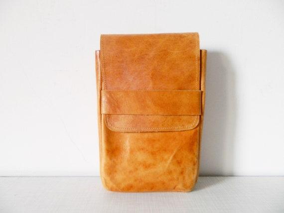 70s leather bag/belt bag leather/bag leather brown/vintage belt bag/1970s bag leather