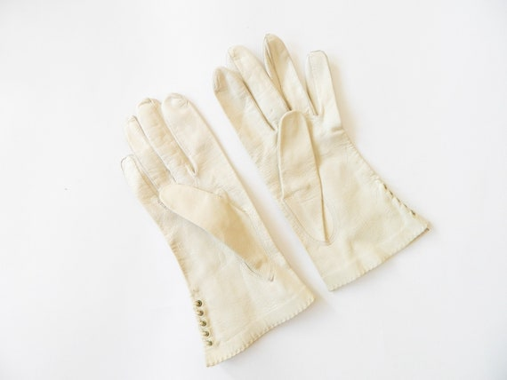 50s gloves leather/leather gloves Ecru/vintage gloves/vintage leather