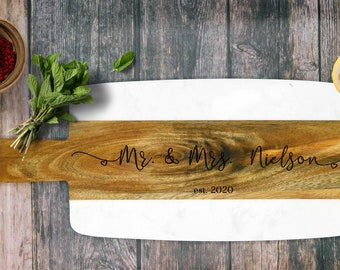 Custom Charcuterie Board. Mr and Mrs Gift, Bridesmaid Gift Custom Wedding Gift for Couple, Personalized Acacia Wood Marble Serving Board.