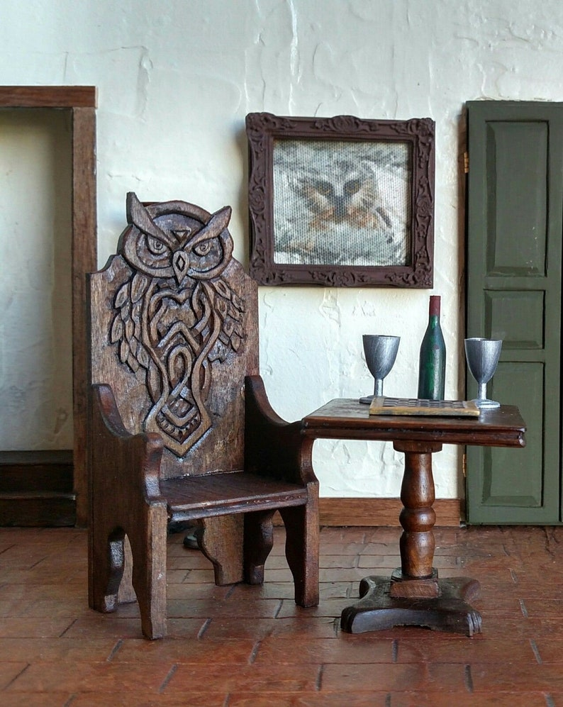 Handcarved Celtic OWL Throne Arm Chair Medieval, Wizard, Witch, Artisan  Crafted, Dollhouse Furniture 1:12 Perfect For Harry Potter