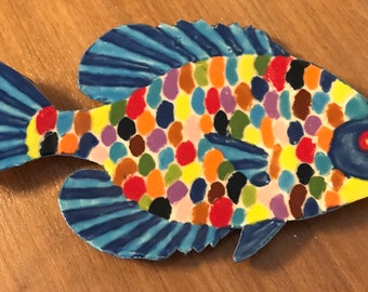 Multicolored Bright Fish /& Seaweed Per 1//2 Yd or BTY on White