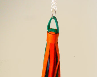 Orange Nappina pendant in leather with chain