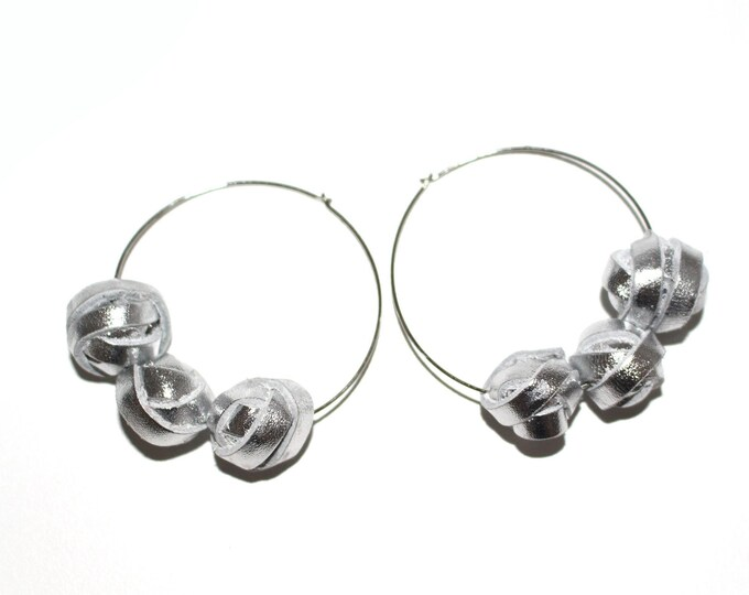 Featured listing image: Rigid hoop earrings with silver leather pearls