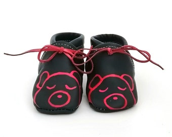Hand-painted leather cradle baboons 3 - months