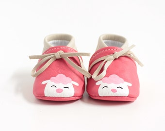 Leather cradle shoes, hand-painted baboon pattern