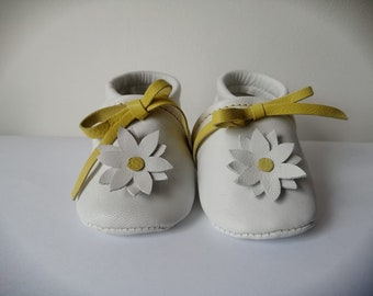 Personalized leather cradle shoes, Margherita