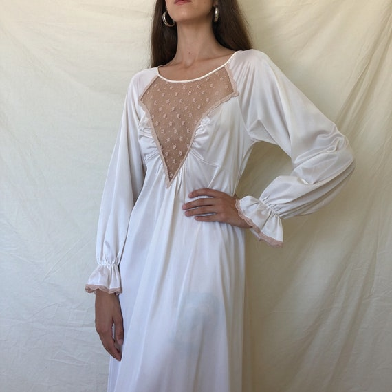 80s white poet sleeve lace nightgown / white long
