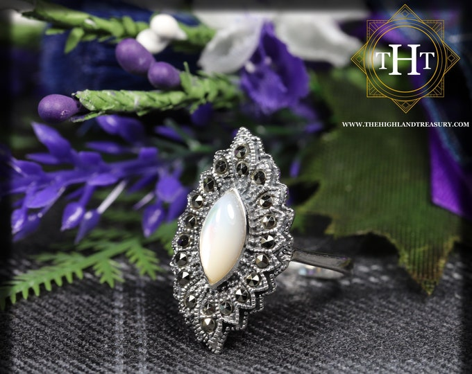 Vintage Sterling Silver 925 Art Deco Style White Marquise Cabachon Cut Mother Of Pearl With Marcasite Gemstone Fan Design Ring Size O - 7