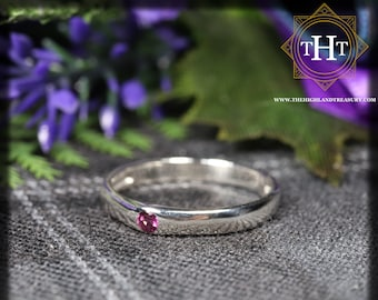 Sterling Silver 925 Minimalist Design Style Small Round Cut Rhodolite Garnet Birthstone Gemstone Band Ring Size O - 7