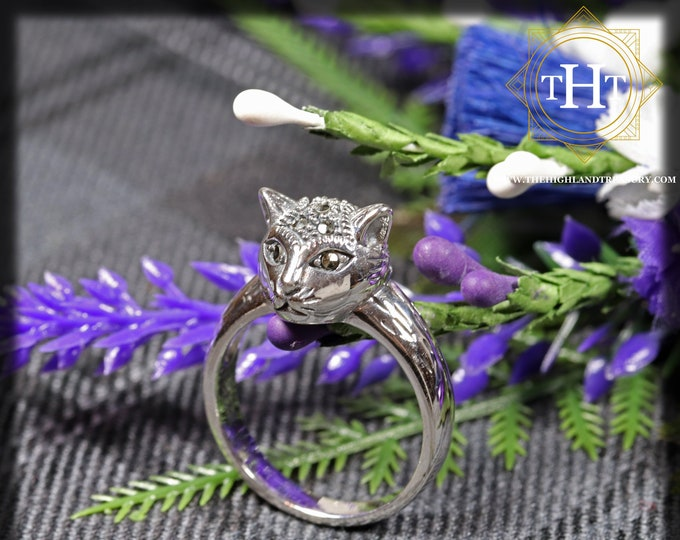 Vintage Sterling Silver 925 Cute Animal Kitty Cat With Marcasite Gemstone Design Ring Size P - 7 1/2