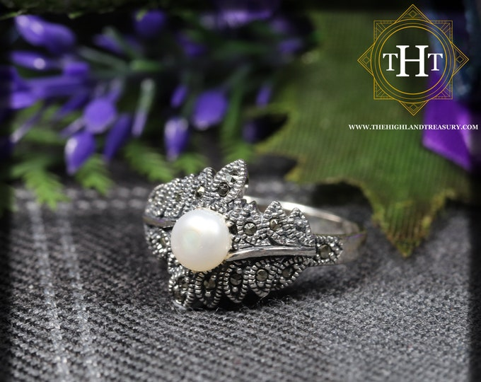 Vintage Sterling Silver 925 Art Deco Style Round White Fresh Water Pearl With Marcasite Gemstone Floral Leaf Design Ring Size N - 6 1/2