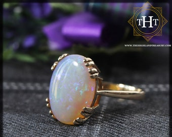 Vintage 9Ct 9K 375 Solid Yellow Gold Band With Large 3.6ct Australian Fiery Green Blue White Opal Cabochon Gemstone Ring Size M 1/2 - 6 1/4