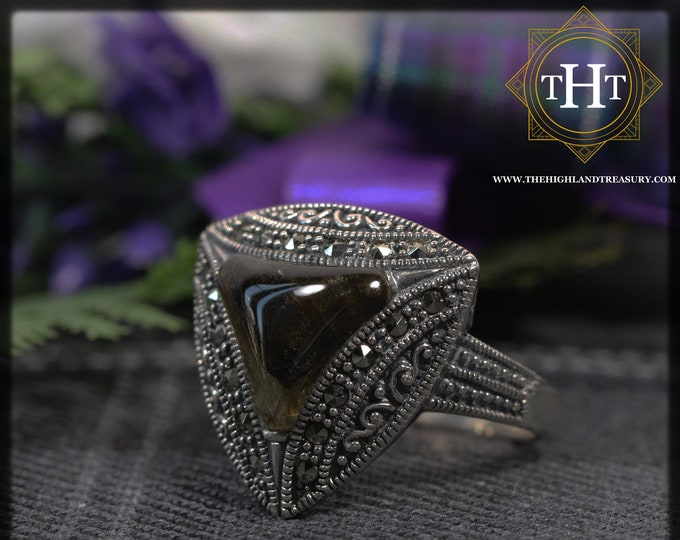 Vintage Sterling Silver 925 Art Deco Style Triangle Cut Dark Brown Labradorite With Marcasite Gemstone Band Ring Size P - 7 1/2