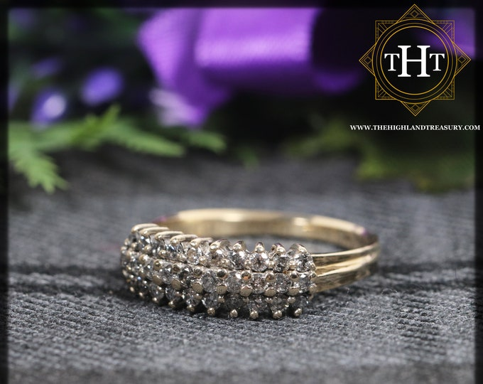 Elegant Vintage 9K 9Ct 375 Solid Yellow Gold Small Round Cut Natural White Diamond Gemstone 0.15ct Cluster Design Ring Size N - 6 1/2