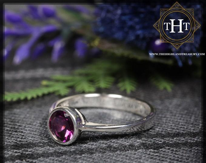 Sterling Silver 925 Minimalist Modern Design Band Round Cut Vivid Pink Rhodolite Garnet Gemstone Birthstone Ring Size N - 6 1/2