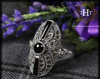 Vintage Sterling Silver 925 Art Deco Style Black Onyx Round Cabochon Tapered Baguette Cut Marcasite Gemstone Shield Design Ring Size O - 7
