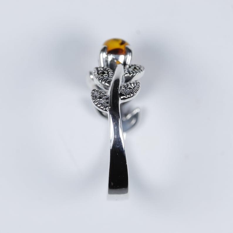Vintage Sterling Silver 925 Art Deco Style Round Cut Cabochon Orange Amber With Marcasite Gemstone Leaf Vine Design Ring Size O 7
