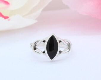c6b791f68ba86 Onyx filigree ring | Etsy