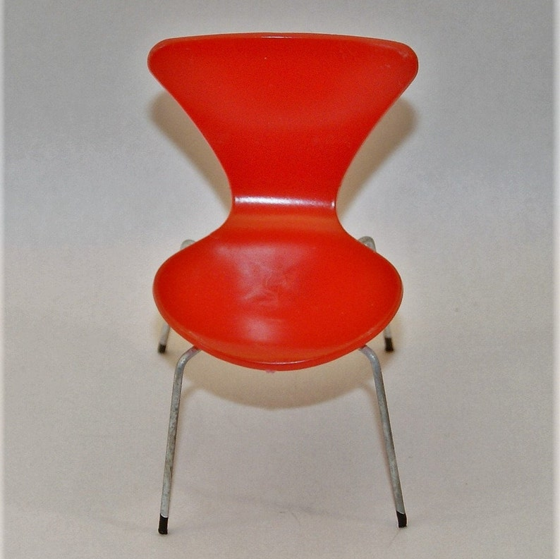 Vintage chair from Swedish Brio of Danish designer Arne Jacobsen iconic chair 3107 1 VINTAGE DOLLHOUSE CHAIR