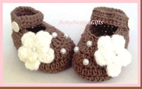 Baby gift Baby shower gift Crochet Baby Shoes Newborn girl shoes Baby Girl Shoes Baby girl Coming home shoes Baby Booties Baby shoes
