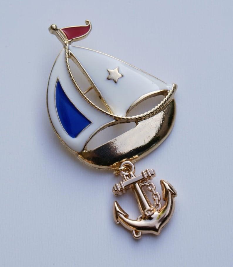 Enamel Brooch,Kawaii brooch,Lovely gift Vintage Sailboat Brooch Red gold brooch Beautiful Enamel Sailboat brooch Boat brooch
