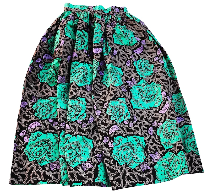 Zaria Women\u2019s African Wax Print Beautiful  colorful maxi skirt F-JL-A318-VVI-01
