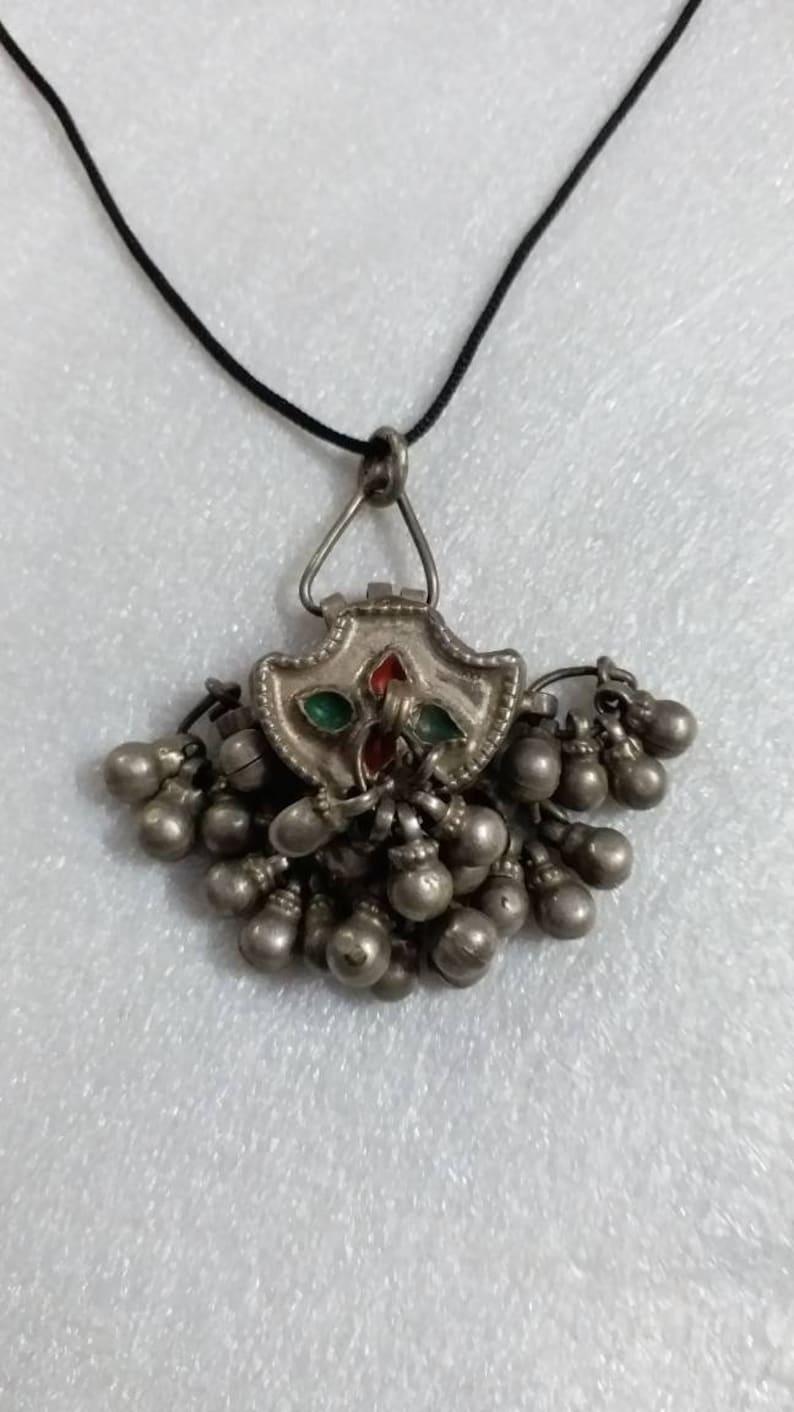 Handmade Vintage Rare Real Old High Grade Silver Indian Tribal Banjara Eye Make Up Box Antique Dangles Flower Of Life Beautiful Boho Pendant