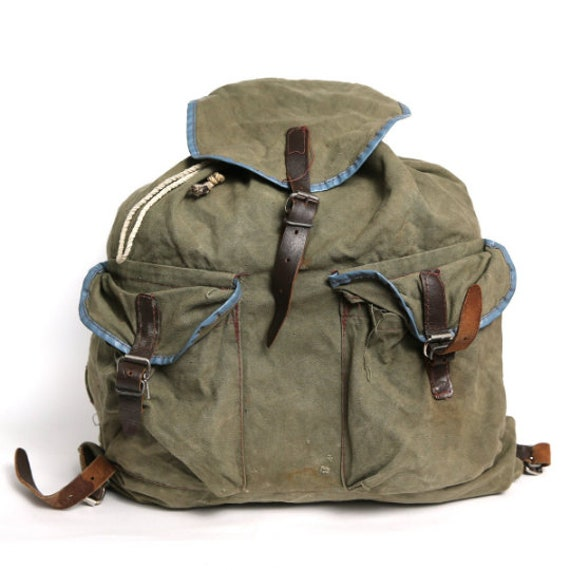 Vintage distressed canvas backpack, military Distr