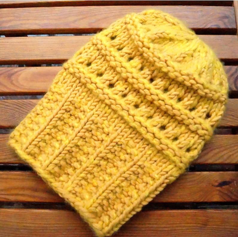 Yellow cap Knitting design INNA HEUER Berlin. Hand knitted beanie with fine merino wool and soft cashmere