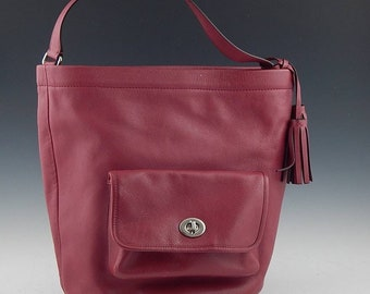 COACH Legacy Archive Bucket Red Leather Shoulder BAG vintage rojo bolso  marca saco handbag coach Red berry leather  original preloved 146f3db228b11
