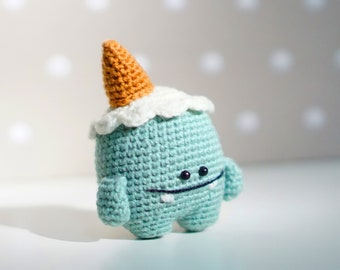 Onigiri Couple Amigurumi Free Crochet Pattern ♥ | Blogged :)… |  HandmadeKitty | Flickr | 270x340