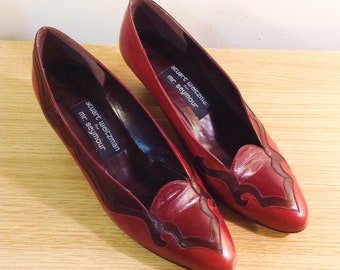 7a01799b7d3a Stuart Weitzman for Mr. Seymour Red Leather Vintage Women s Shoes with  Chunky Kitten Heel (size 8)