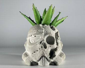 Storm Trooper Skull Concrete Planter - Death Trooper -  Star Wars Gift - Dead Trooper - Figurines Planters - Home Decor - Geek Gift