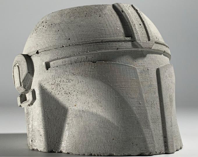 Star Wars - Mandalorian Concrete Planter - Face Planter Pot - Concrete Star War Planter - Star Wars gift - Geek Gift