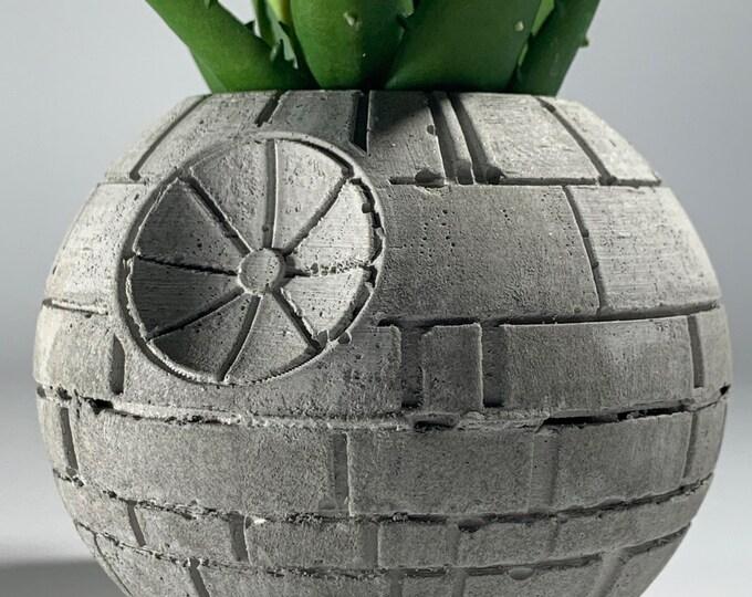 """3"""" STAR WARS PLANTER - 10cm - Air Plant Holder - Death Star Planter - Concrete Plant Pot - Concrete Death Star - gift gor him - Geek Gift"""
