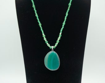 Green Aventurine Bead Necklace with Green Agate Pendant