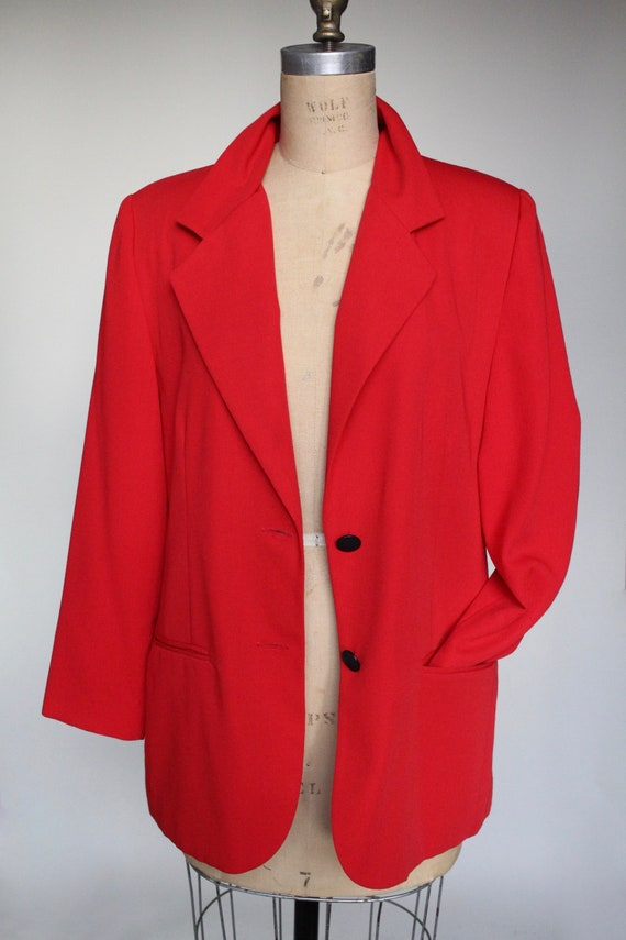 Candy Apple Vintage Red Boyfriend Blazer // Oversi